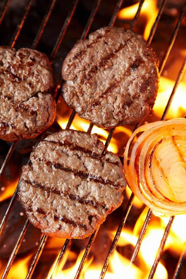 Buffalo Burgers and Onion on the Grill