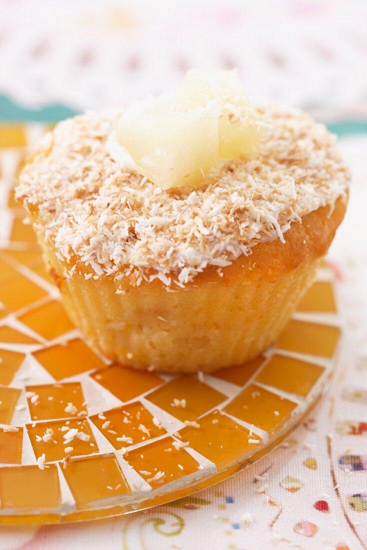 Ananasmuffin mit Kokosraspeln