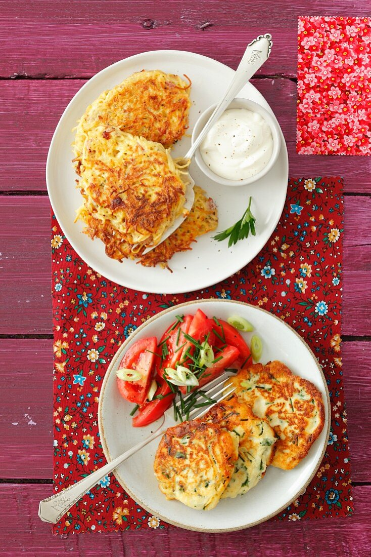 Ricotta cakes with tomato salad and pasta cakes with bacon and egg
