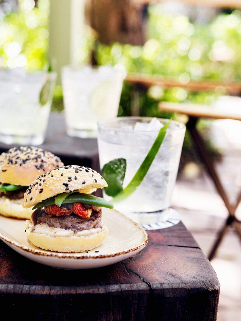 Veal burger with tuna mayonnaise