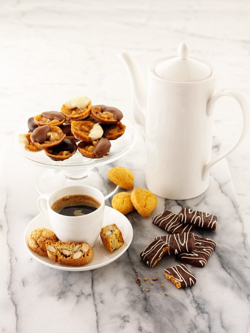 Coffee and an assortment of biscuits