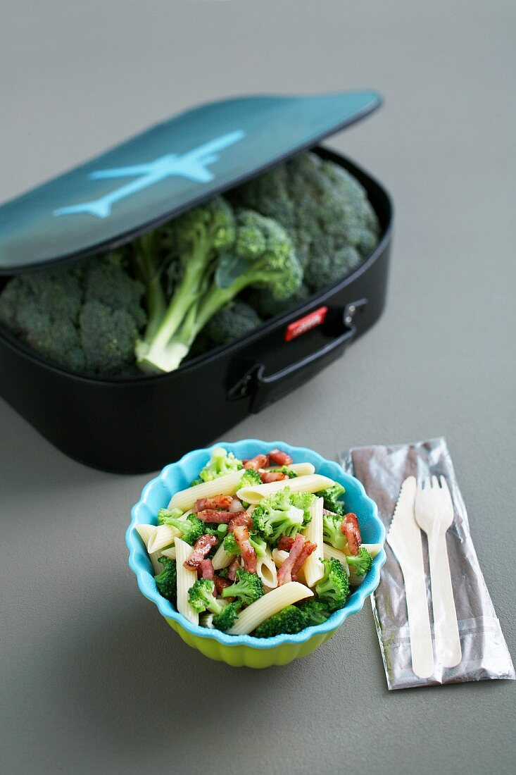 Pasta salad with broccoli and bacon