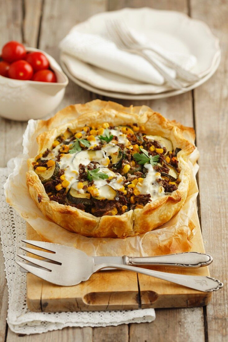 Phyllo tart with beef, zucchini and corn
