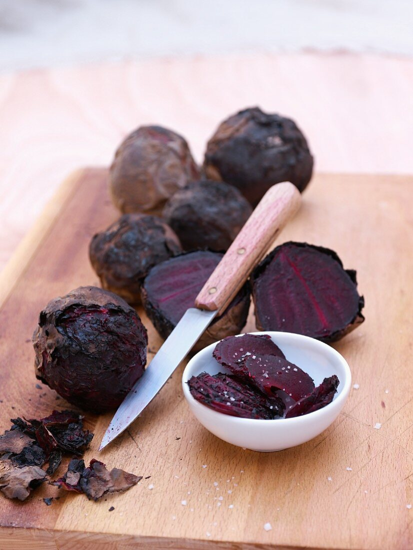 Barbecued red beets