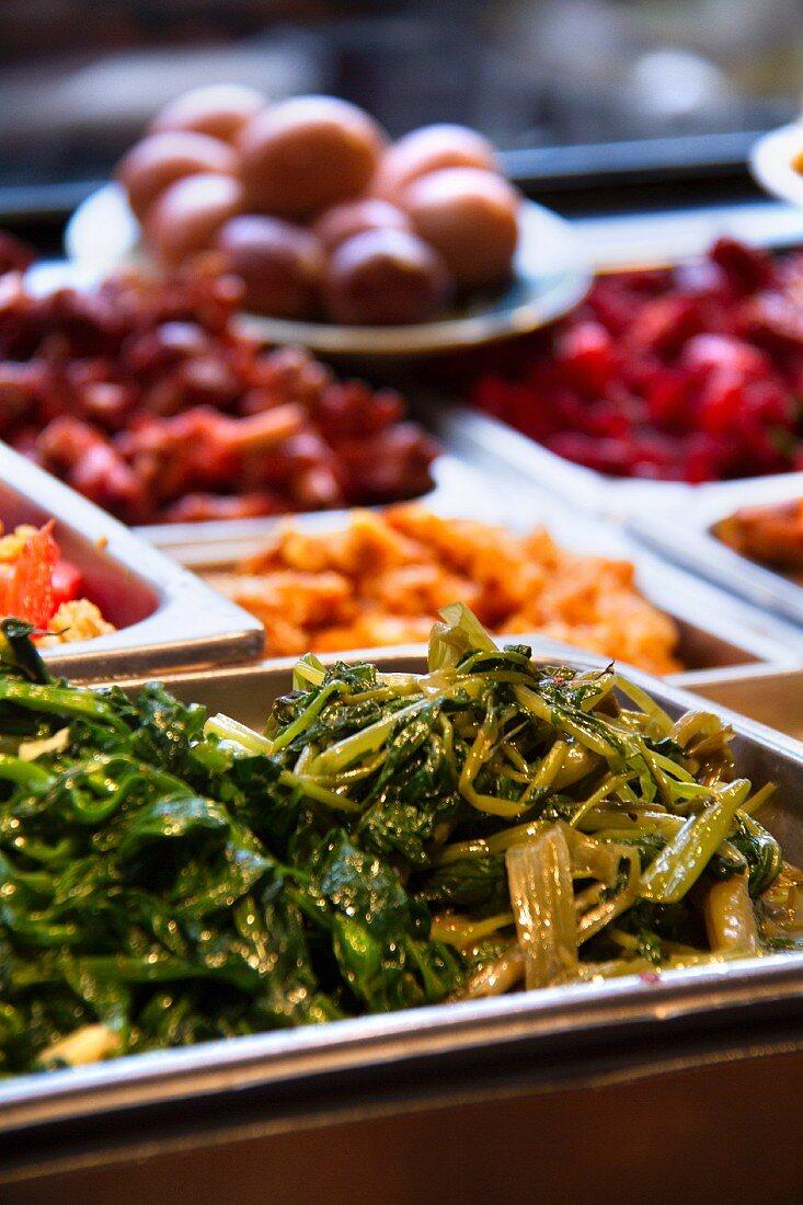 Chinese Food Buffet; China Town, New York