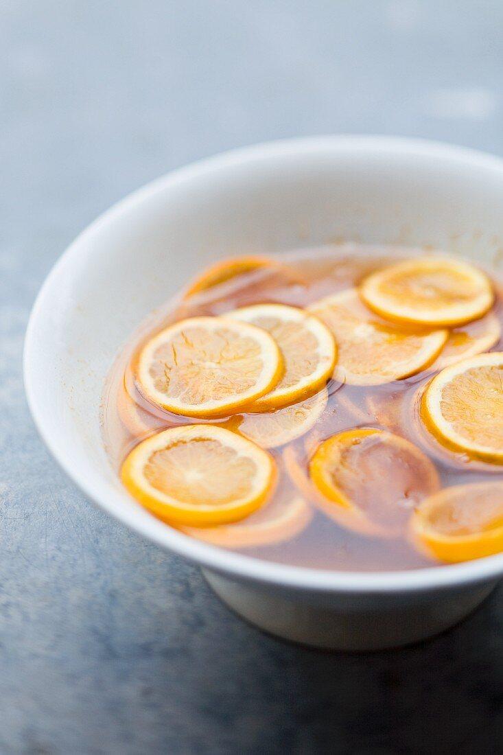 Preserved orange slices