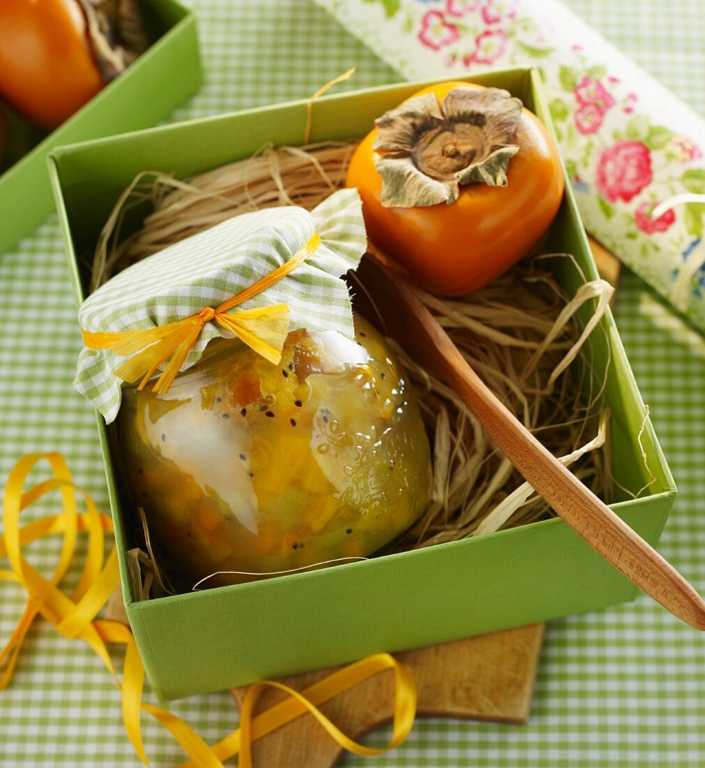Sharon fruit and kiwi spread
