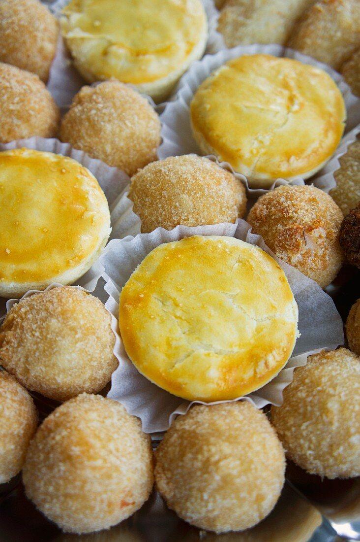 Empadinhas & bolinhas de queijo (filled pastries, Brazil)