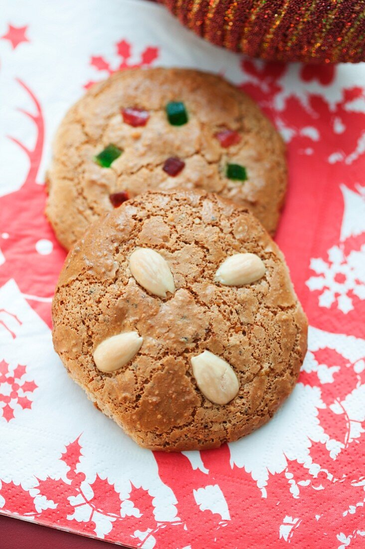 Nuremberg Lebkuchen (spiced soft gingerbread), with almonds and with candied lemon and orange peel