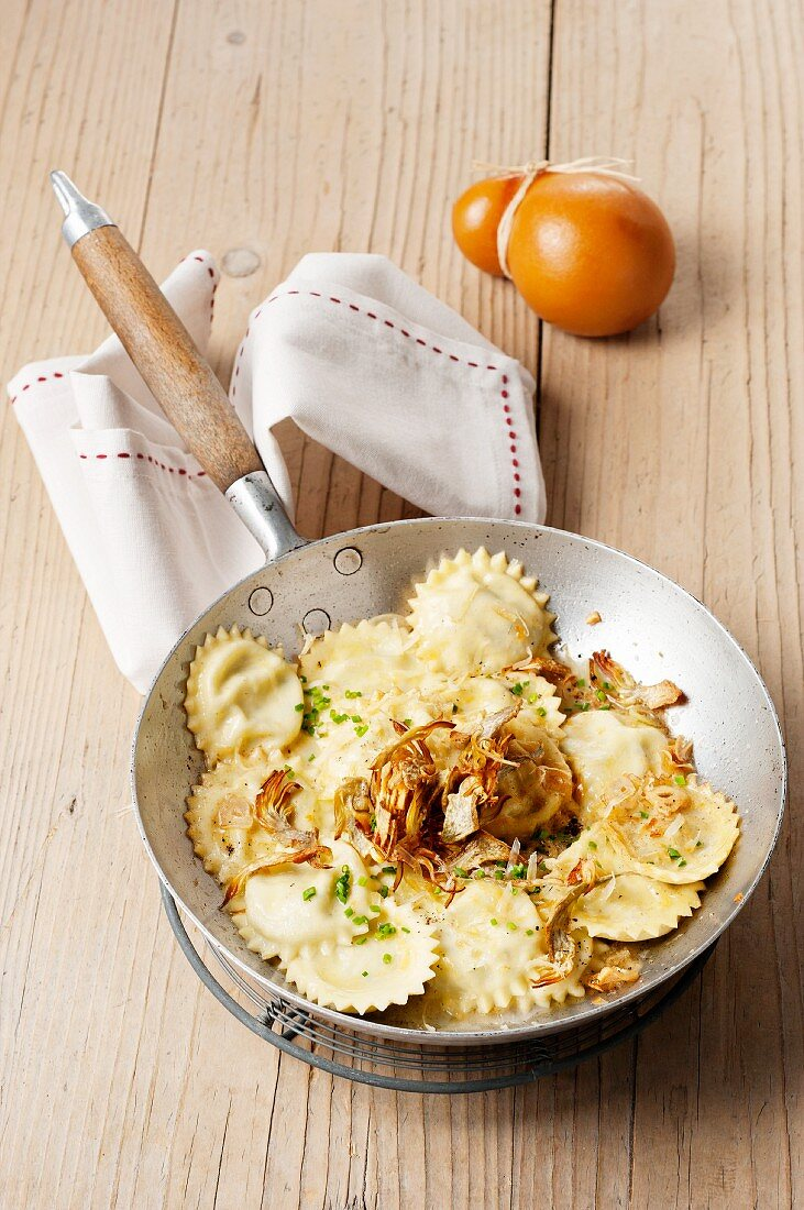 Ravioli with fried onions and Scamorza (Tuscany, Italy)