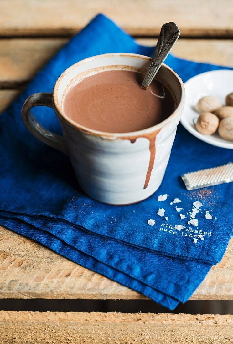 Spiced hot chocolate with flakes of salt and nutmeg (Mexico)