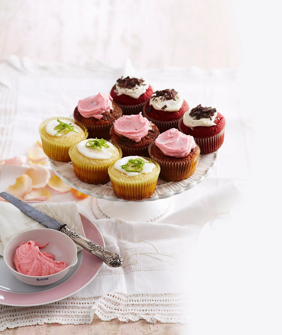 Red Velvet cupcakes, Marble Deluxe cupcakes, pineapple, lime and coconut cupcakes