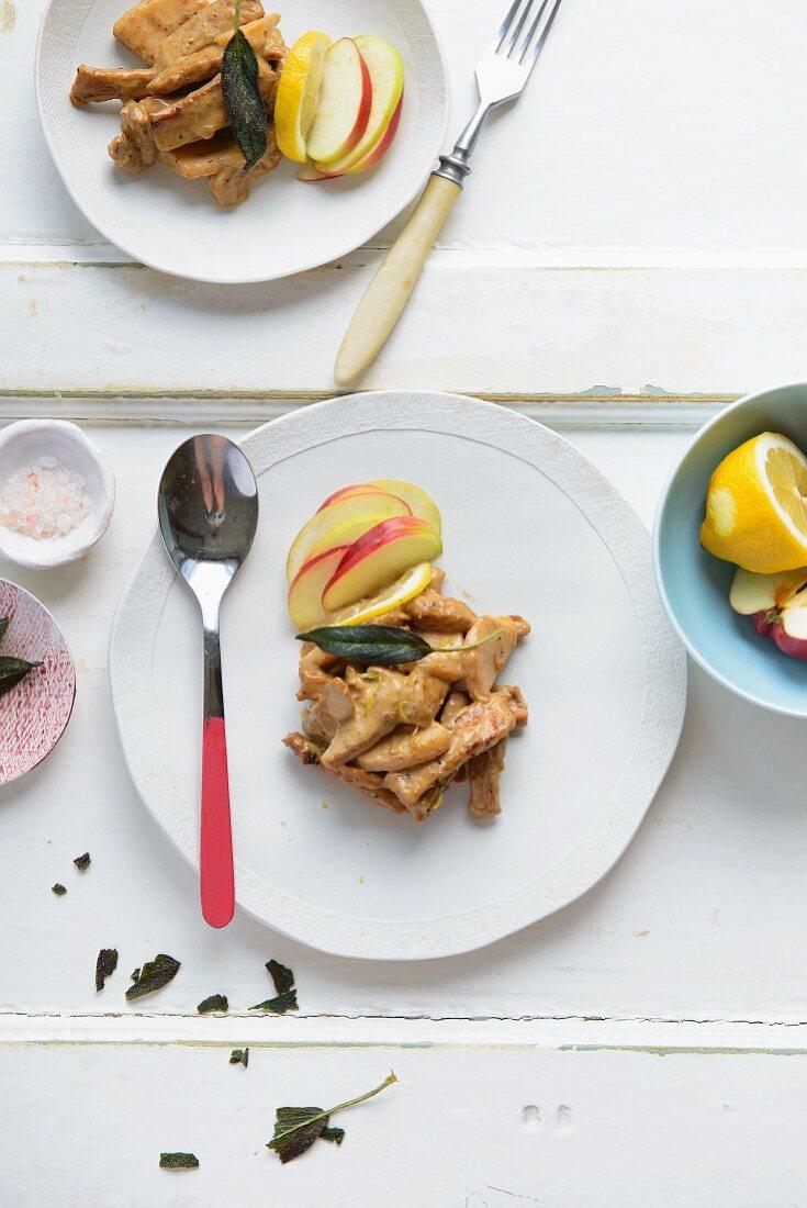 Turkey ragout with apple, nutmeg and sage