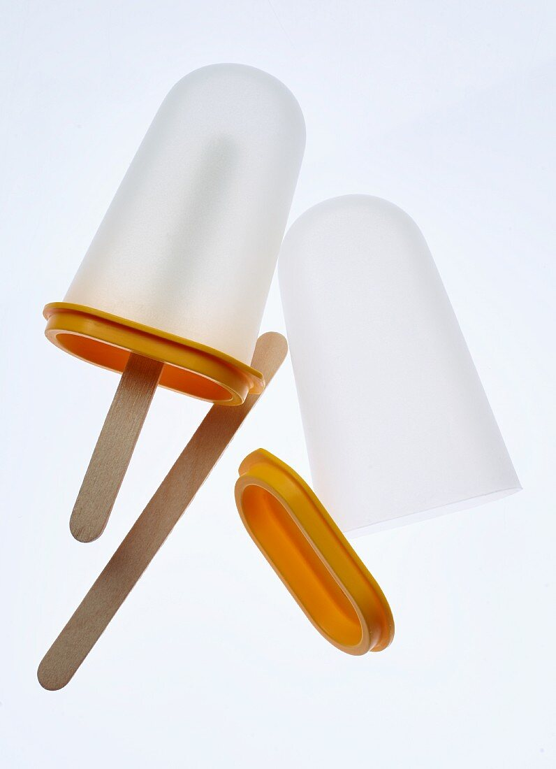 Plastic moulds for home-made ice lollies