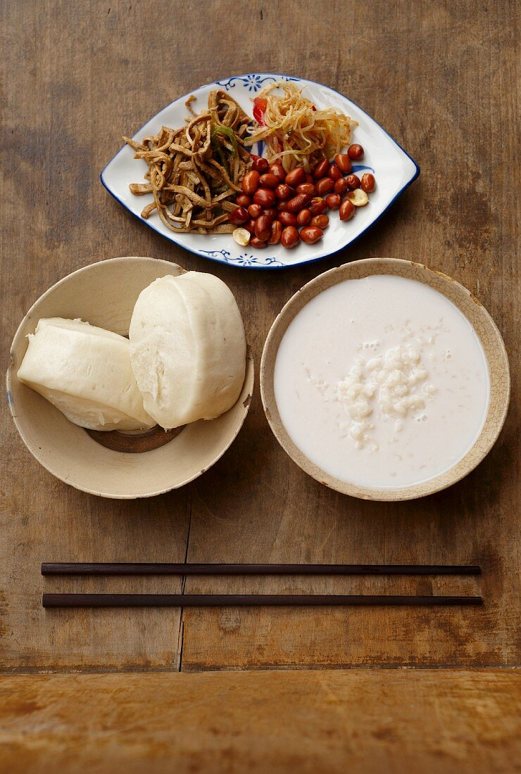 A Chinese temple breakfast