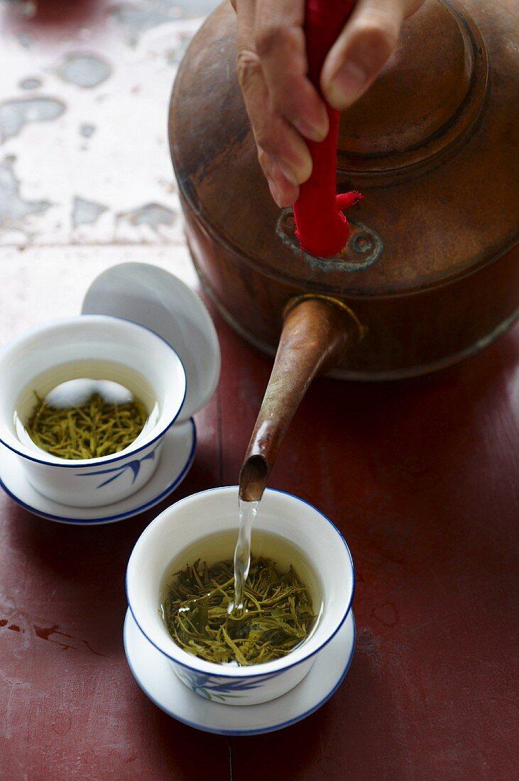 Longjing tea being made