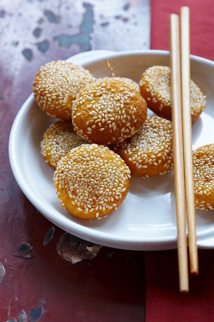 Pumpkin cakes with sesame seeds