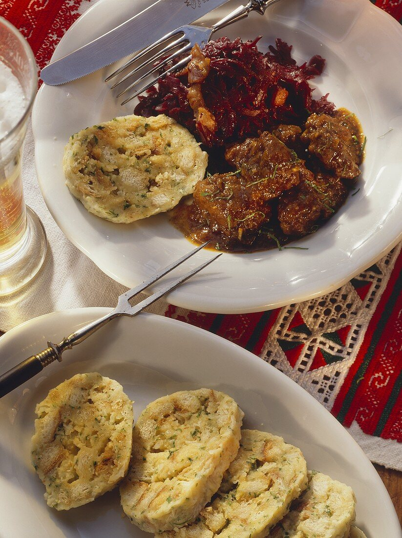 Dish from Czech Republic: goose ragout with dumplings