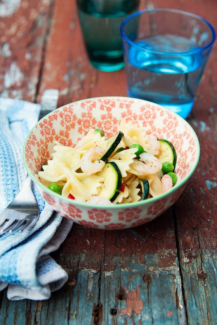 Farfalle with courgette, peas and chilli
