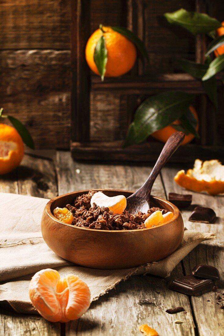 Chocolate muesli with tangerines