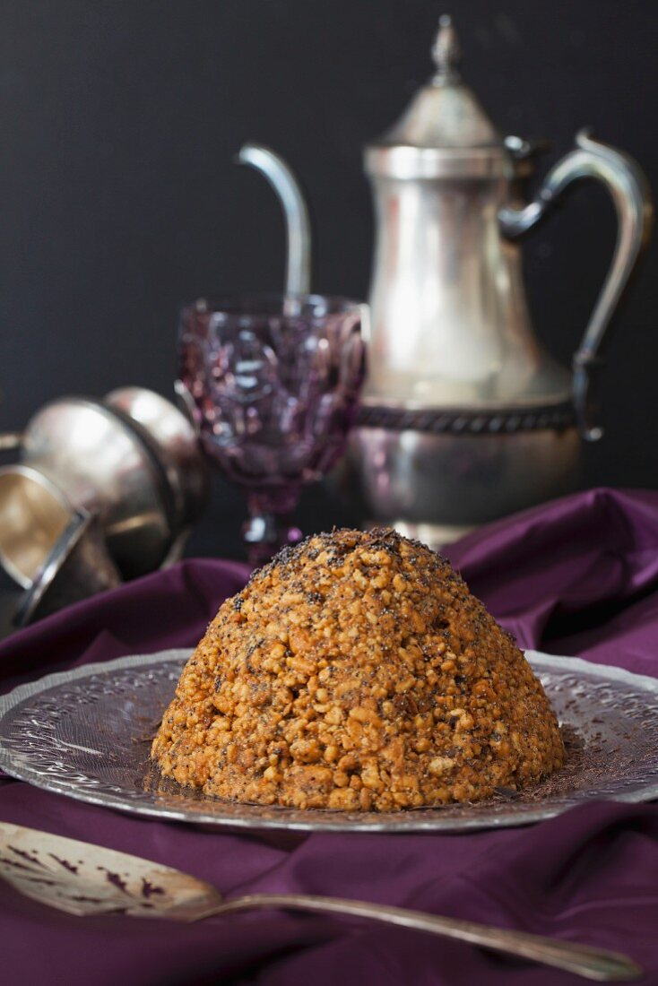 Russian Cake Muraveinik (Anthill cake with caramel, walnuts and poppy seeds)