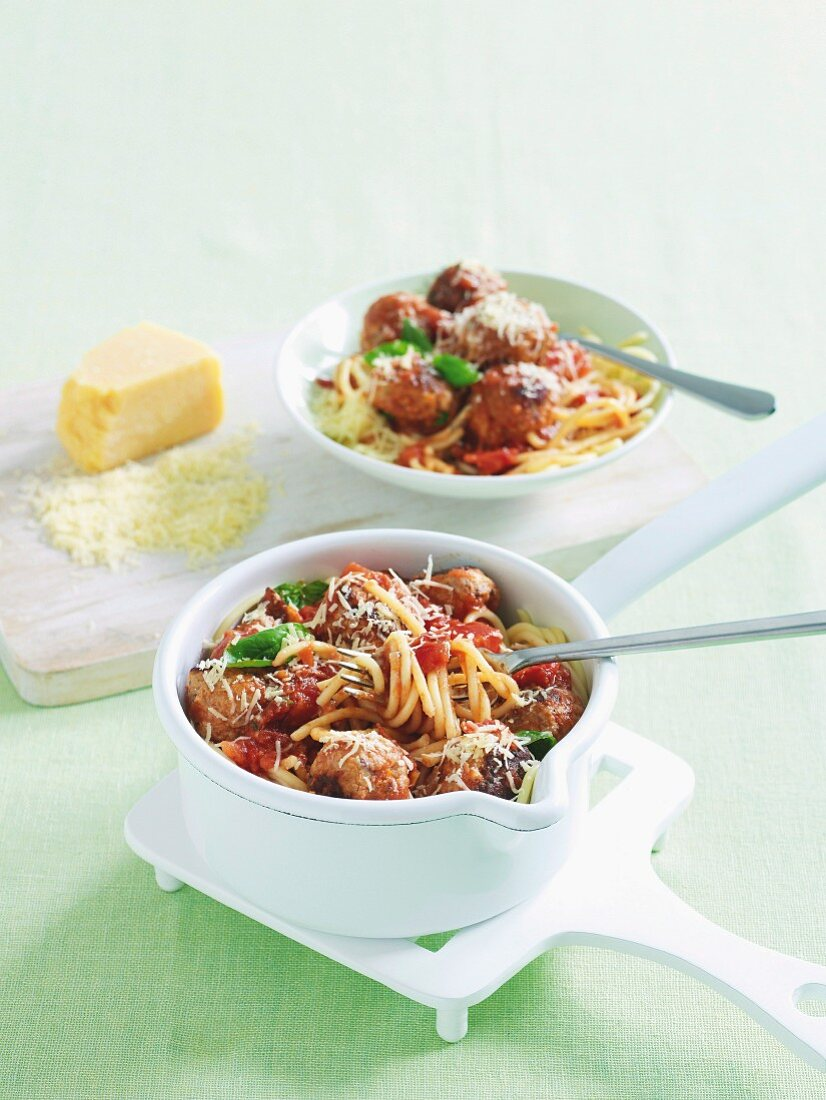 Speedy spaghetti and meatballs