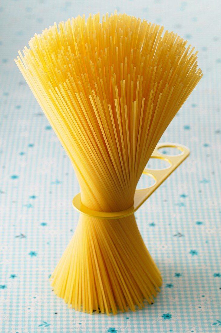 Spaghetti and a measuring tool