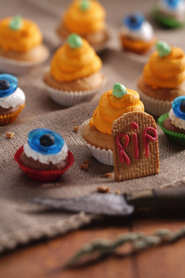 Assorted cupcakes for Halloween