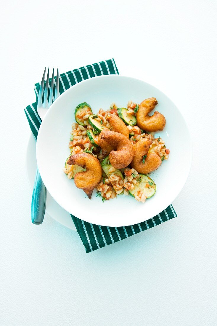 Ebly with baked prawns and red pesto