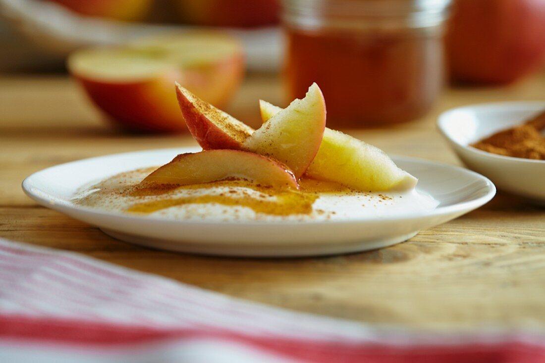 Yogurt with apple, honey and cinnamon