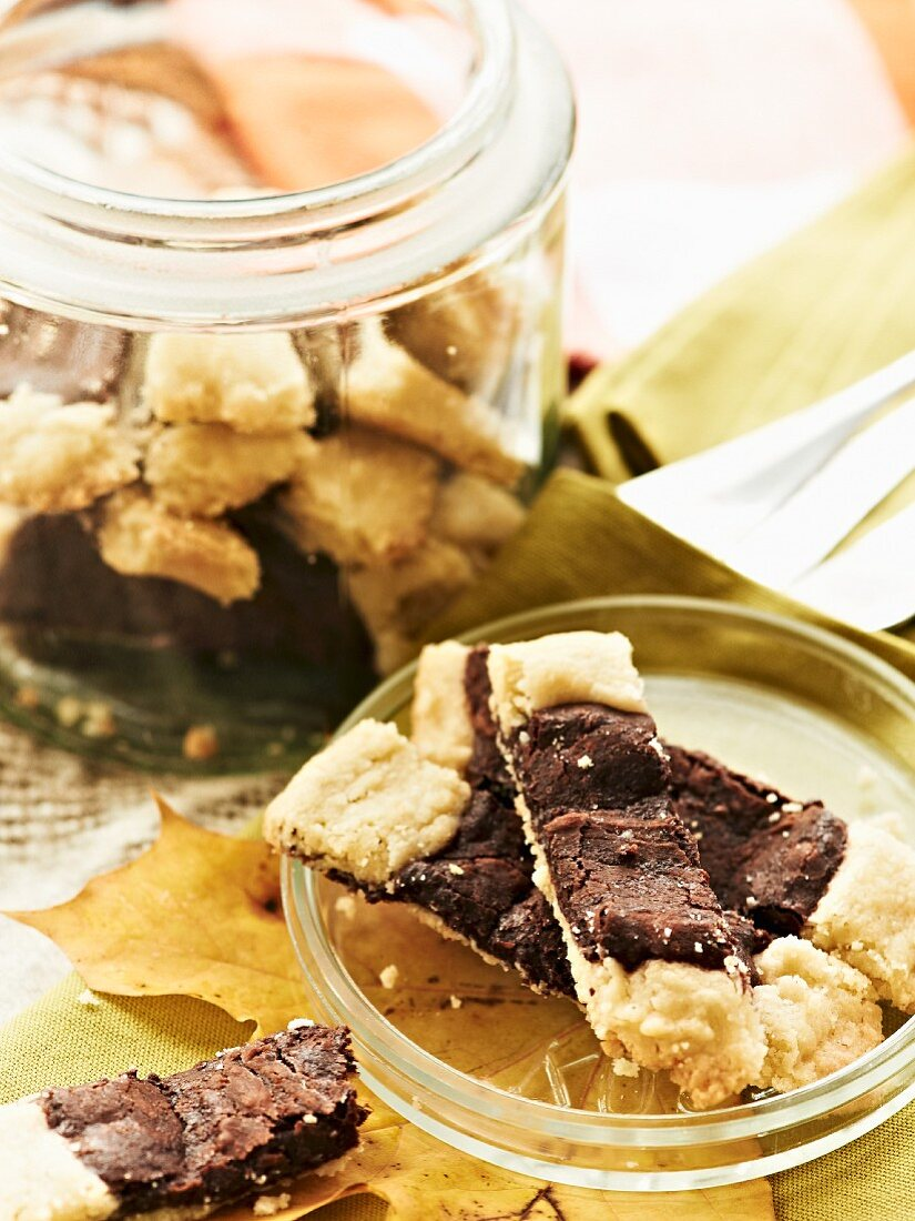Shortbread biscuits with chocolate for an autumnal picnic