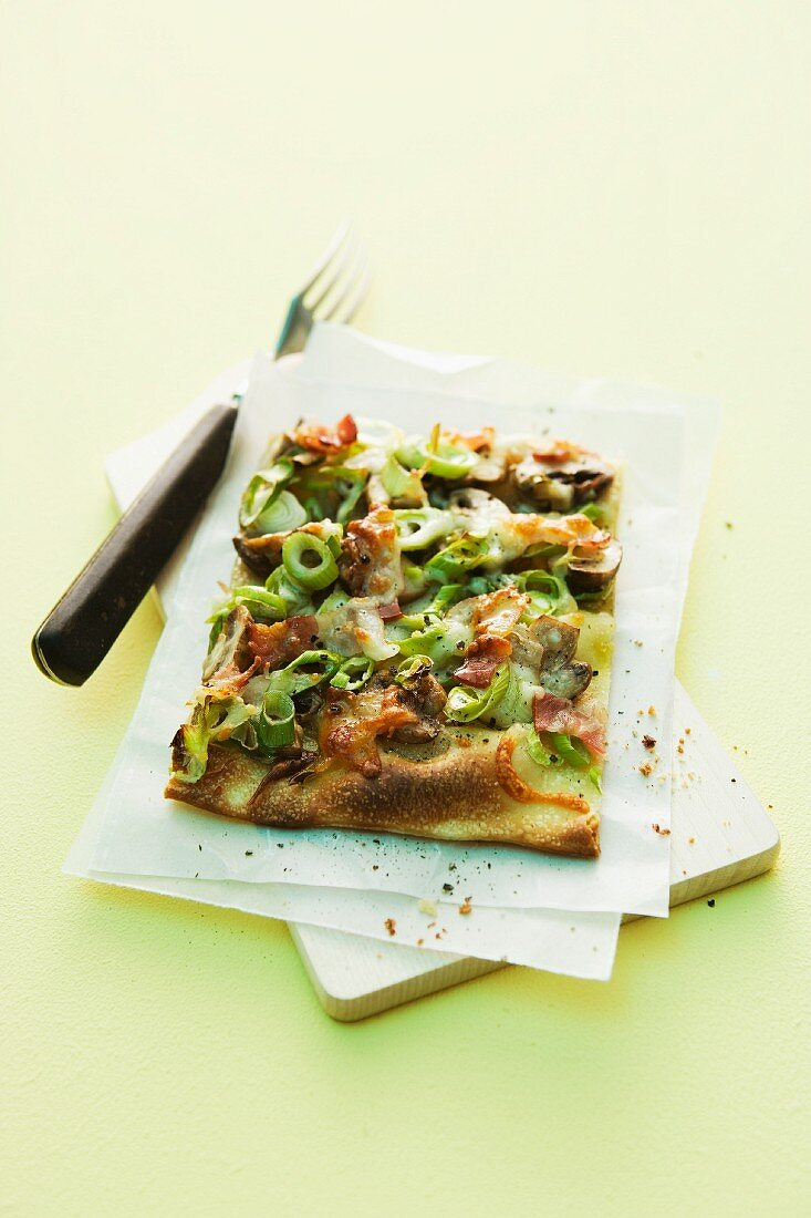 Leek and bacon pizza