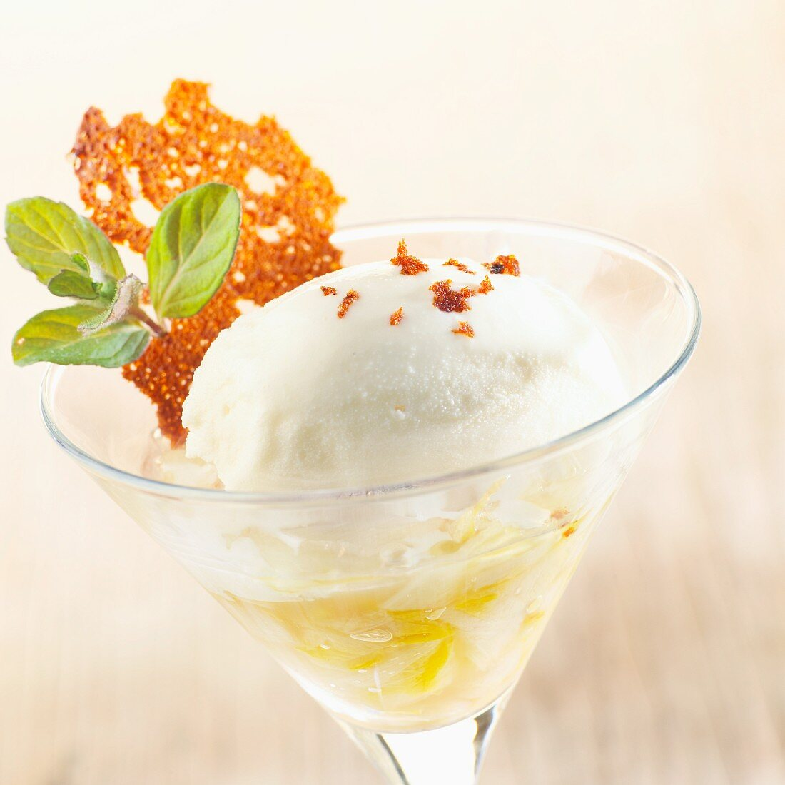 Chicory ice cream with candied gingerbread