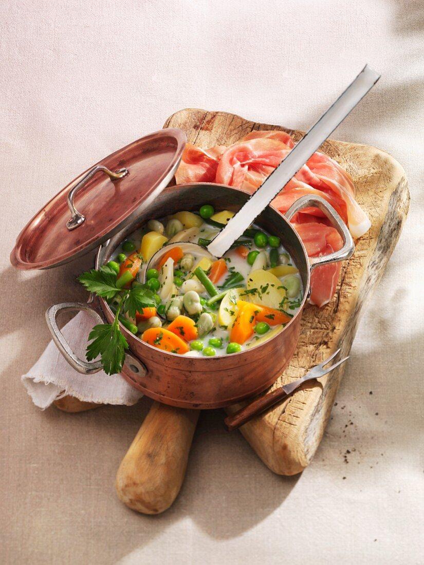 Schnüsch (bean and vegetable stew with cottage ham)