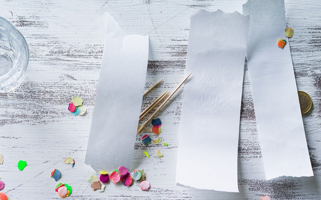 Unwritten shopping lists, toothpicks and confetti