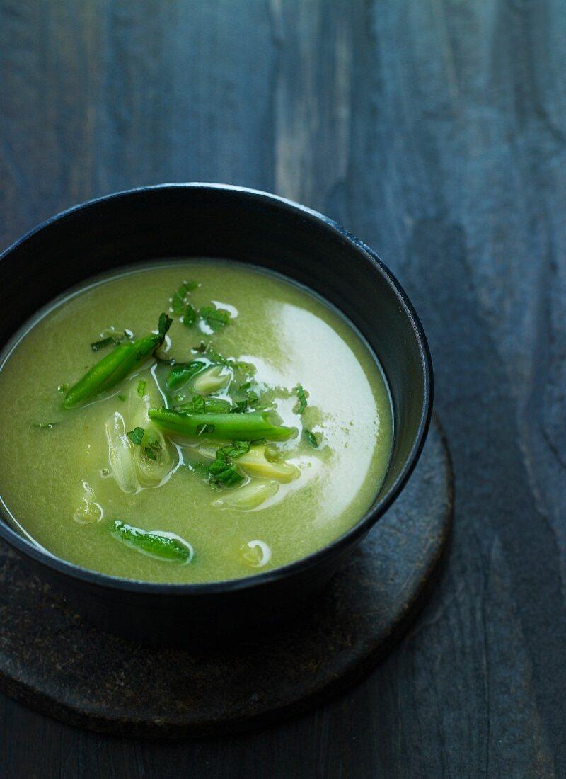Green bean soup