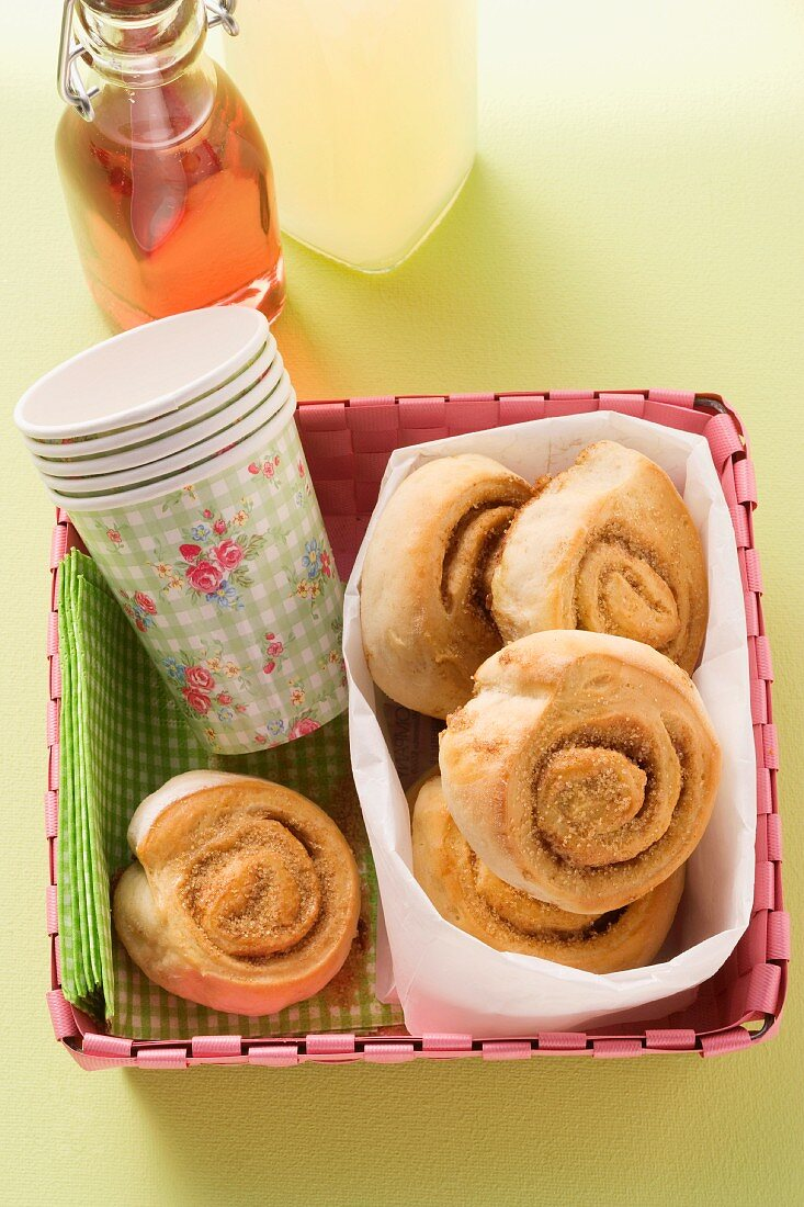 Cinnamon buns and paper cups