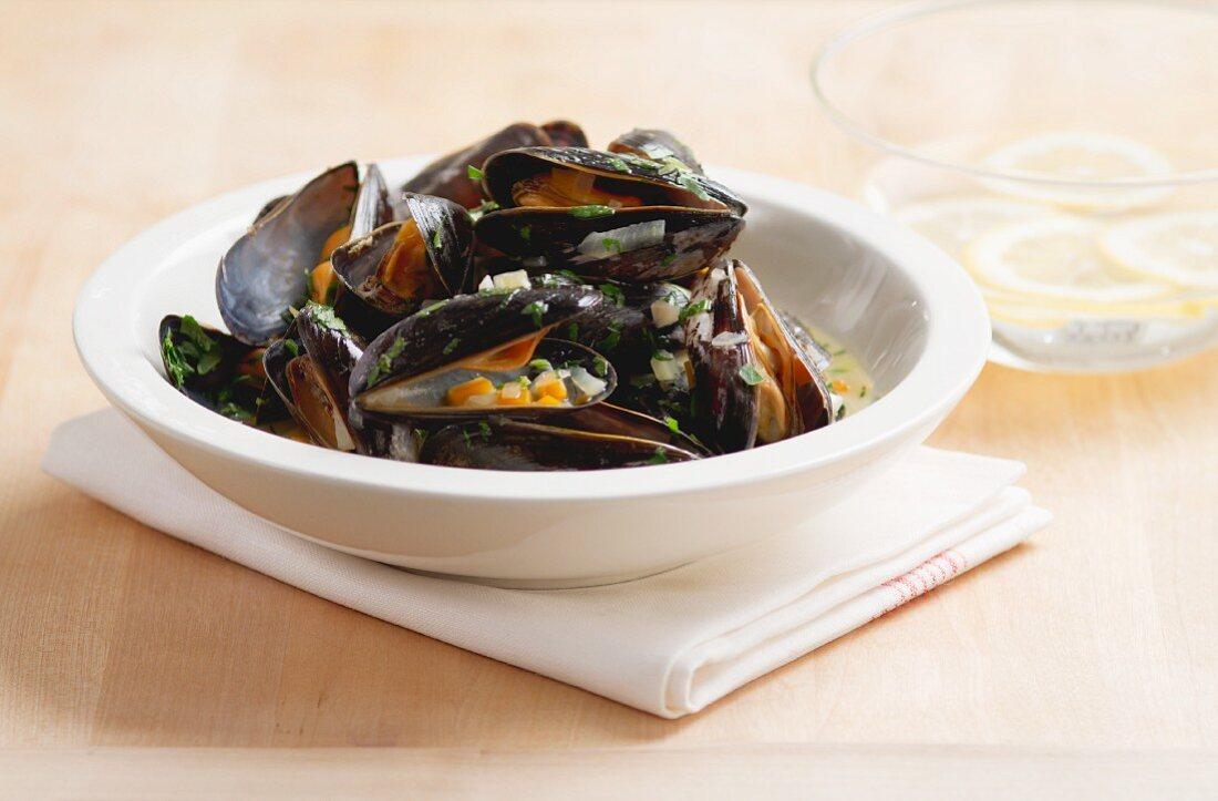 Mussels in a wine broth