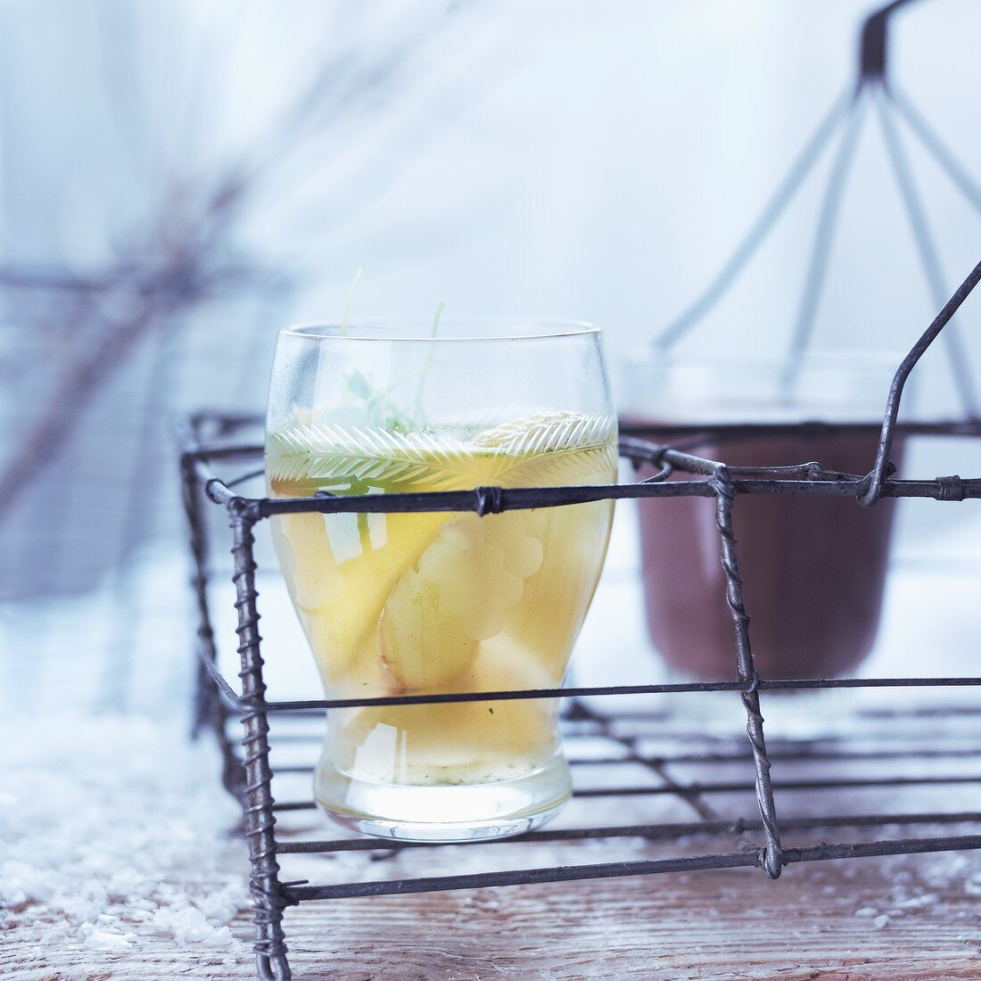 A winter apple drink and hot chocolate