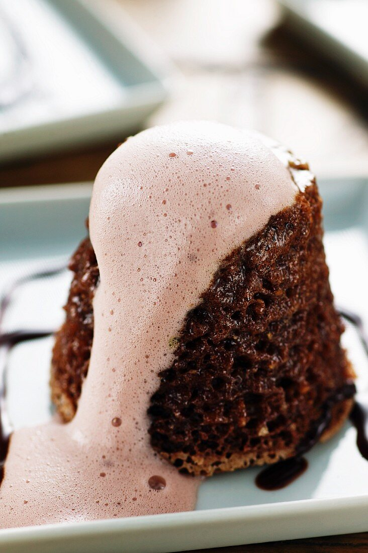 Spiced gingerbread pudding with sweet wine sauce