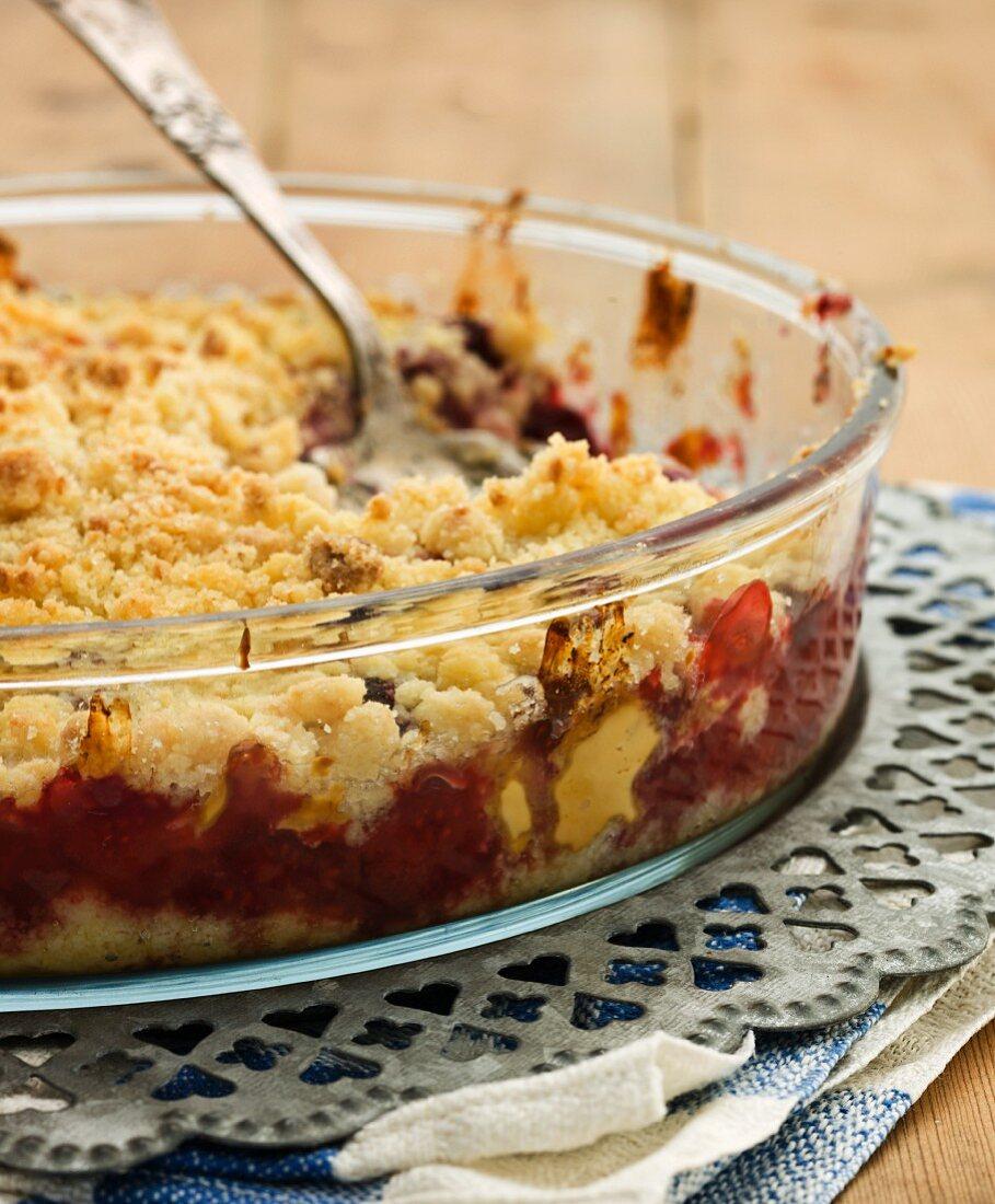 Raspberry strudel casserole in the baking dish