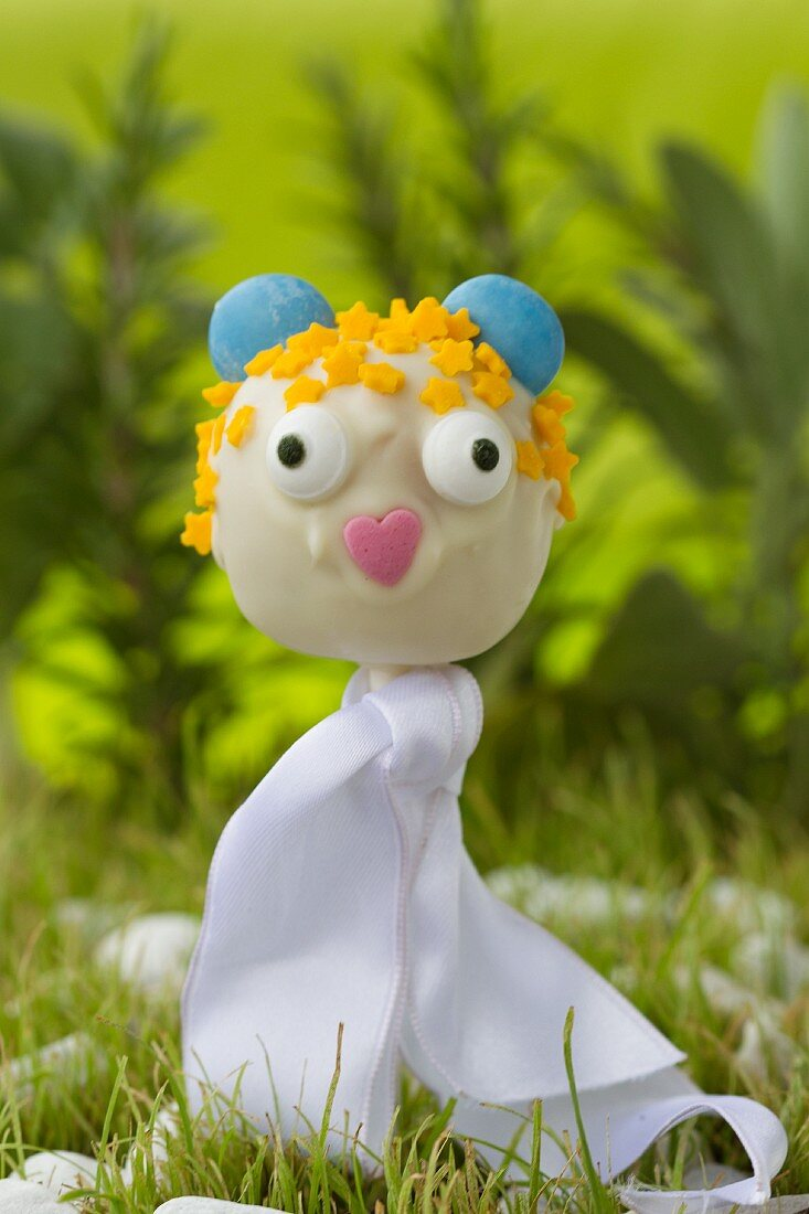 Cake pop mouse princess