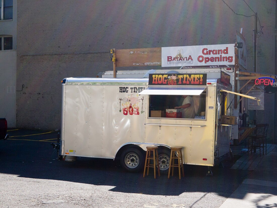 Street kitchen (Portland, Oregon)