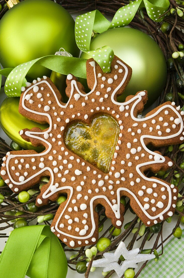 A gingerbread biscuit filled with a melted fruit sweet
