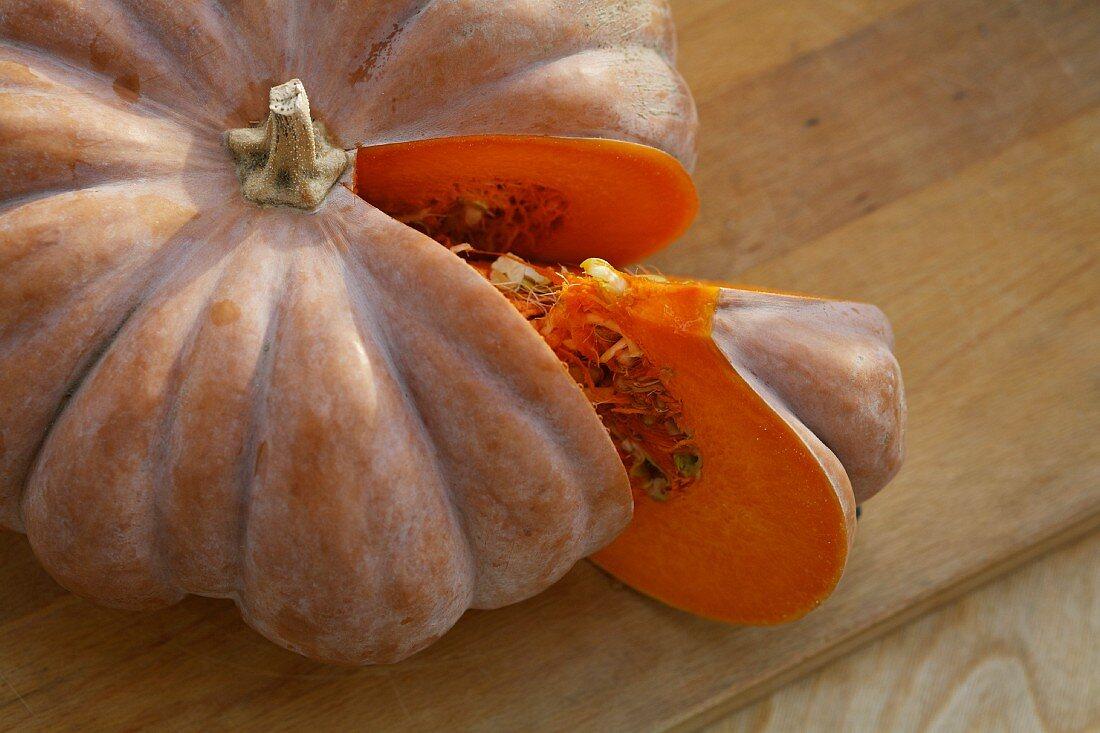 A slice Muscade de Provence pumpkin