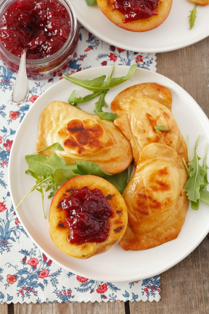 Grilled oscypek (Polish smoked cheep's cheese) with nectarines and cranberry jam