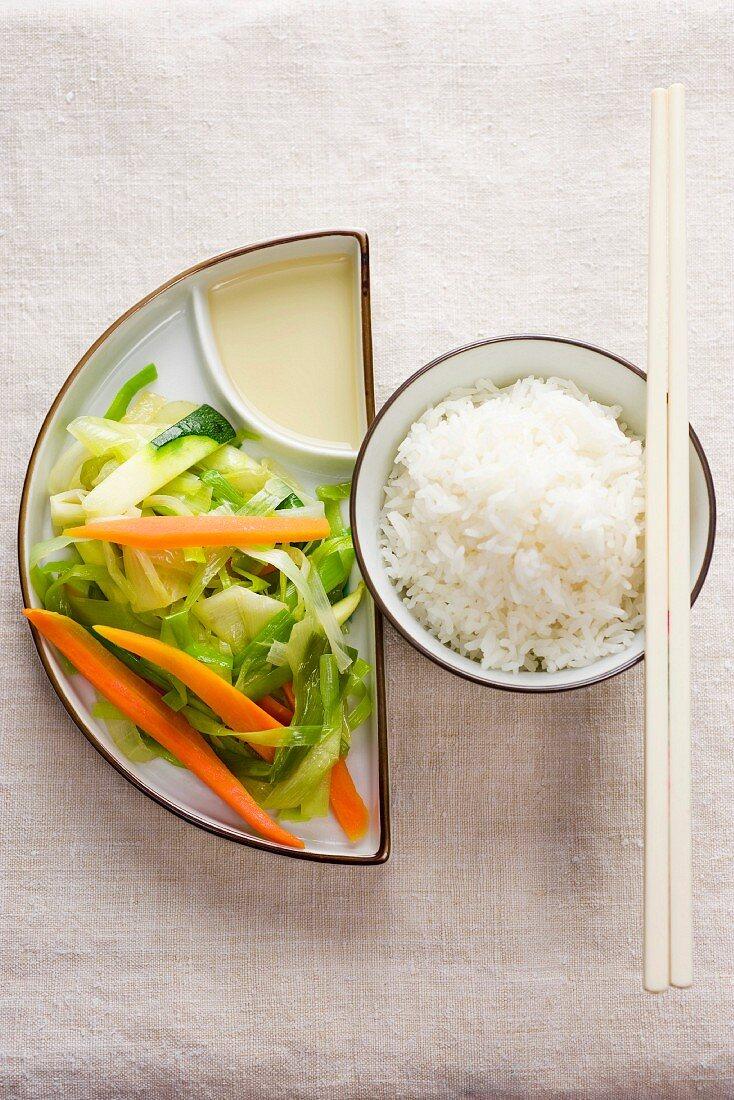 Chop suey with rice (China)
