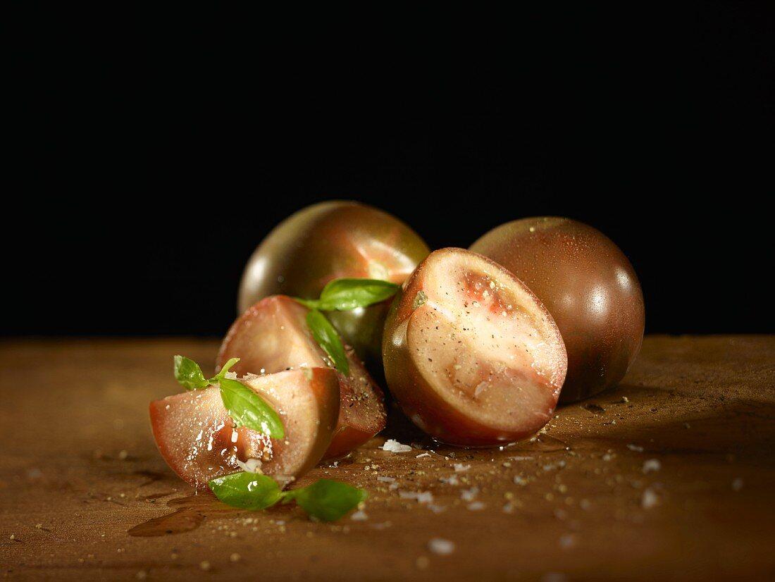 Kumato tomatoes, basil and salt
