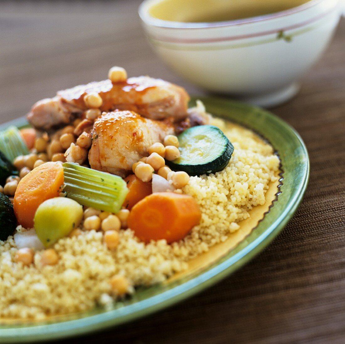 Algerisches Hähnchengericht mit Couscous