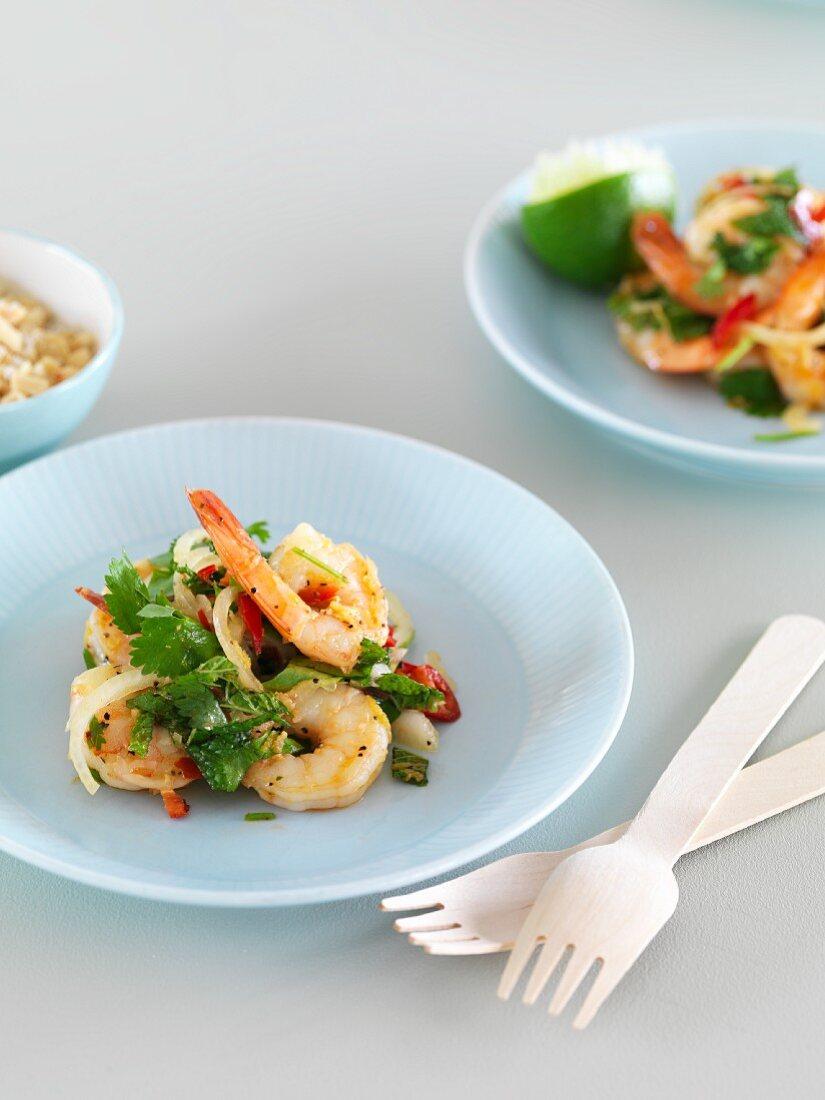 Spicy king prawn salad with coriander
